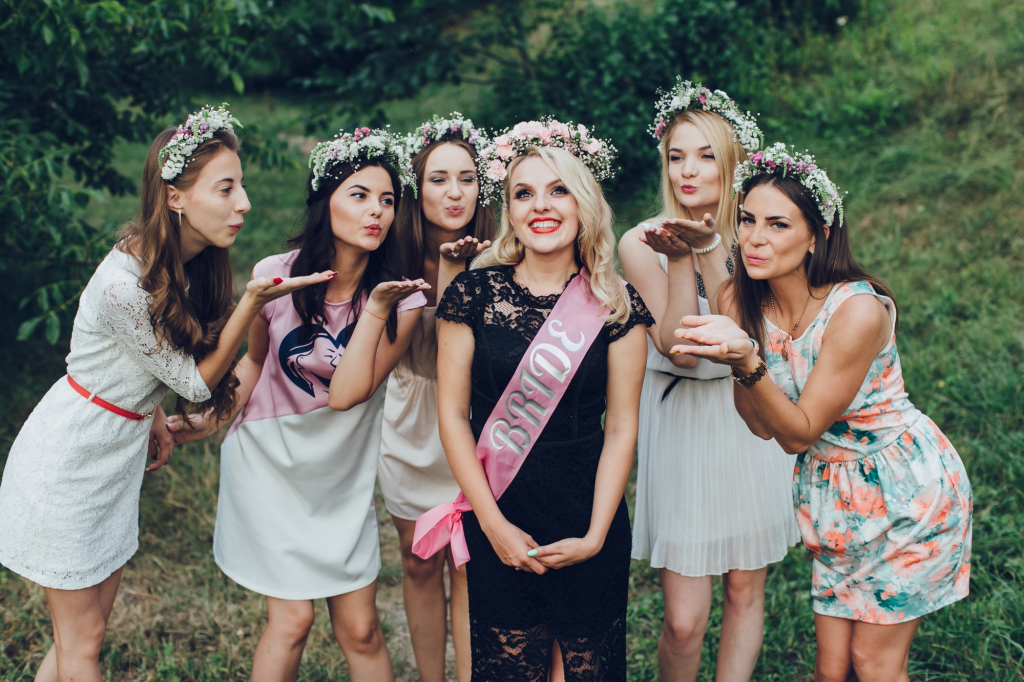 Essential but Classy Accessories for Hen Parties
